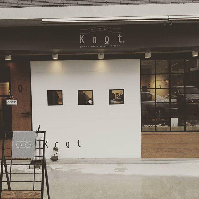 代休使って念願の吉祥寺の時計屋knotに来ました!平日で雨だけあって並ばずに入れた!#knot #吉祥寺 #時計屋 from Instagram