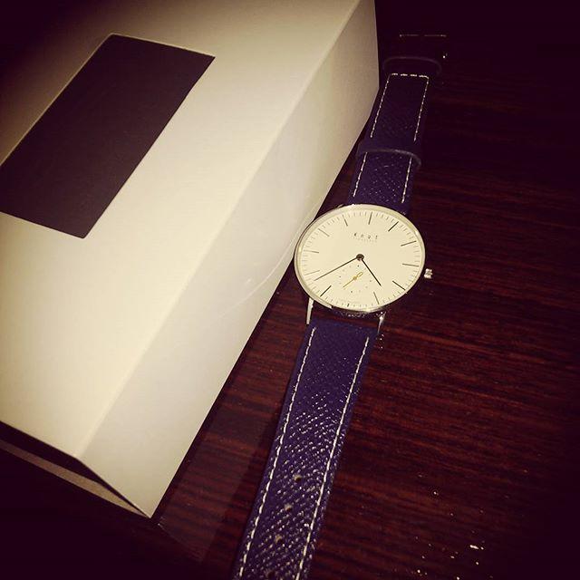 All made in Japanなのに2万円以下って安すぎる!ベルトも交換しやすくできてるので色々揃えたい。#madeinjapan #時計 #watch #knot #吉祥寺 from Instagram